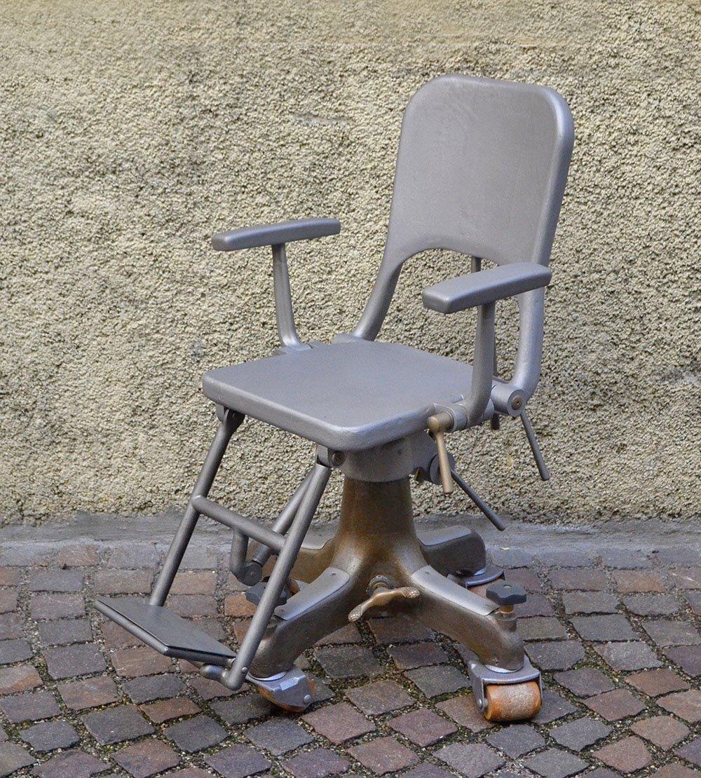 Zahnarzt stuhl auf rollen aus gegossenem aluminium 1900er - Stuhl auf rollen ...