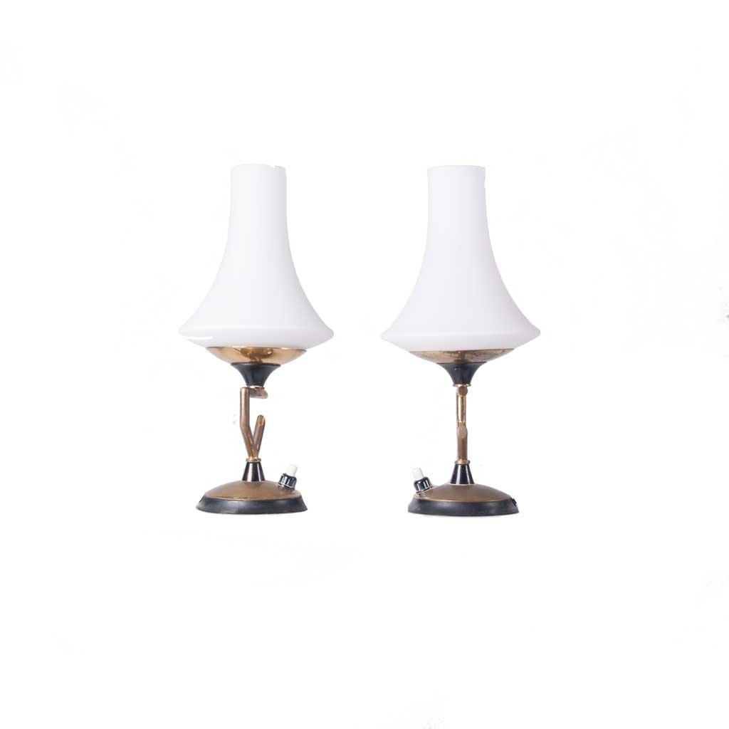 Lampade da tavolo in ottone e vetro anni 39 50 set di 2 in vendita su pamono - Lampade da tavolo anni 50 ...