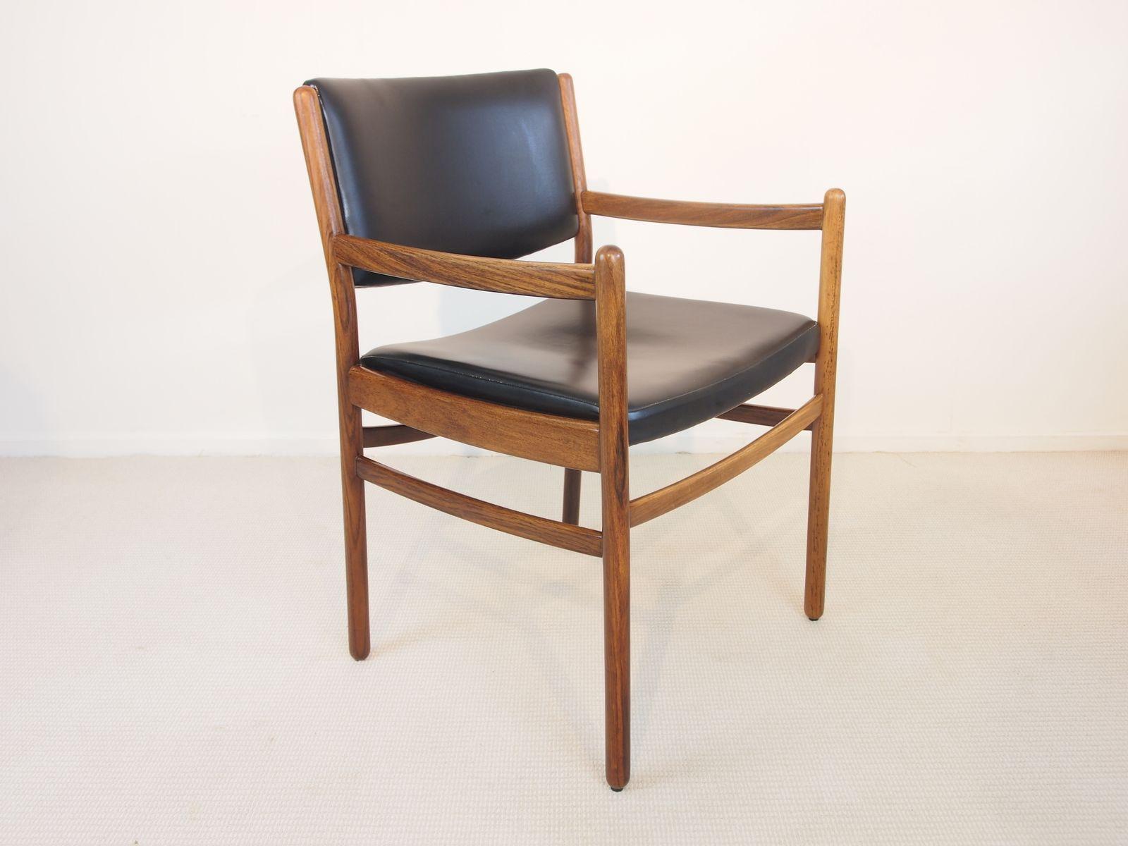 mid century stuhl aus palisander und schwarzem kunstleder bei pamono kaufen. Black Bedroom Furniture Sets. Home Design Ideas