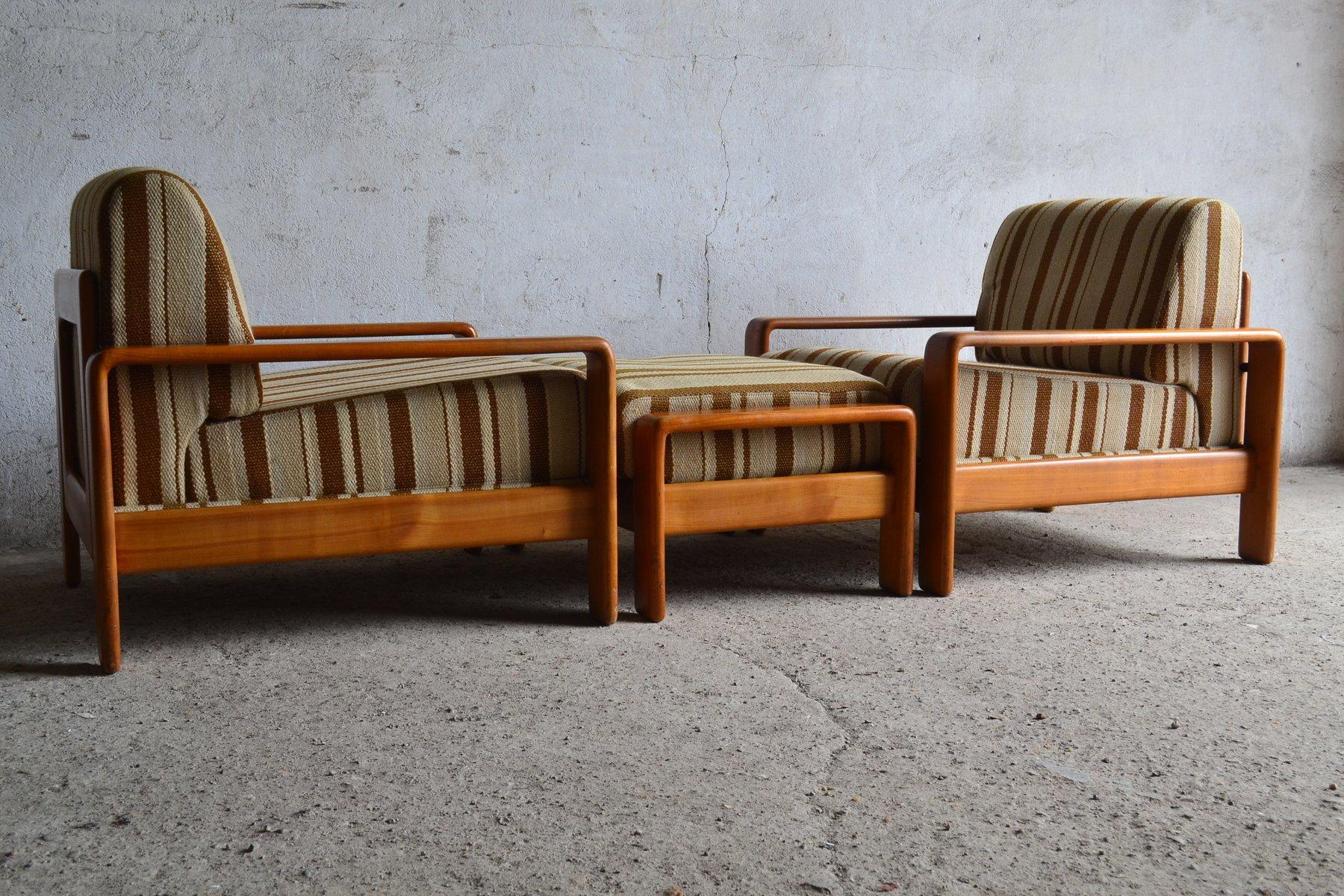 d nische teak sessel mit hocker 1970er bei pamono kaufen. Black Bedroom Furniture Sets. Home Design Ideas