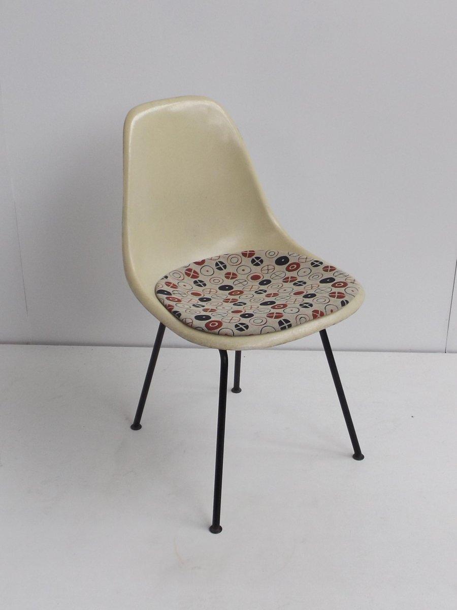 Vintage DSX Glasfaser Beistellstuhl Von Charles U0026 Ray Eames Für Herman  Miller