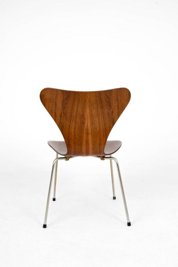 chaise vintage 3107 en palissandre par arne jacobsen pour fritz hansen en vente sur pamono. Black Bedroom Furniture Sets. Home Design Ideas