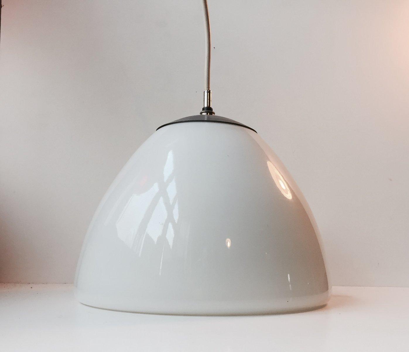 Glockenförmige Opalglas Hängelampe von Louis Poulsen, 1960er