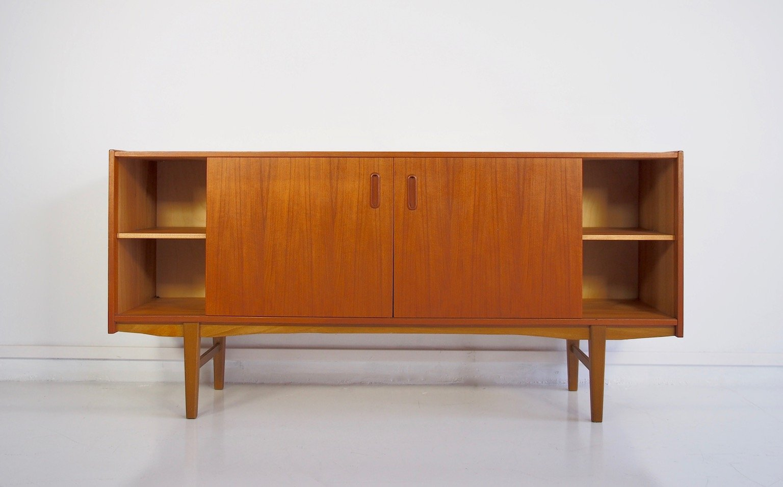 Gewaltig Sideboard Modern Dekoration Von Scandinavian Teak With Shelves And Drawers, 1960s