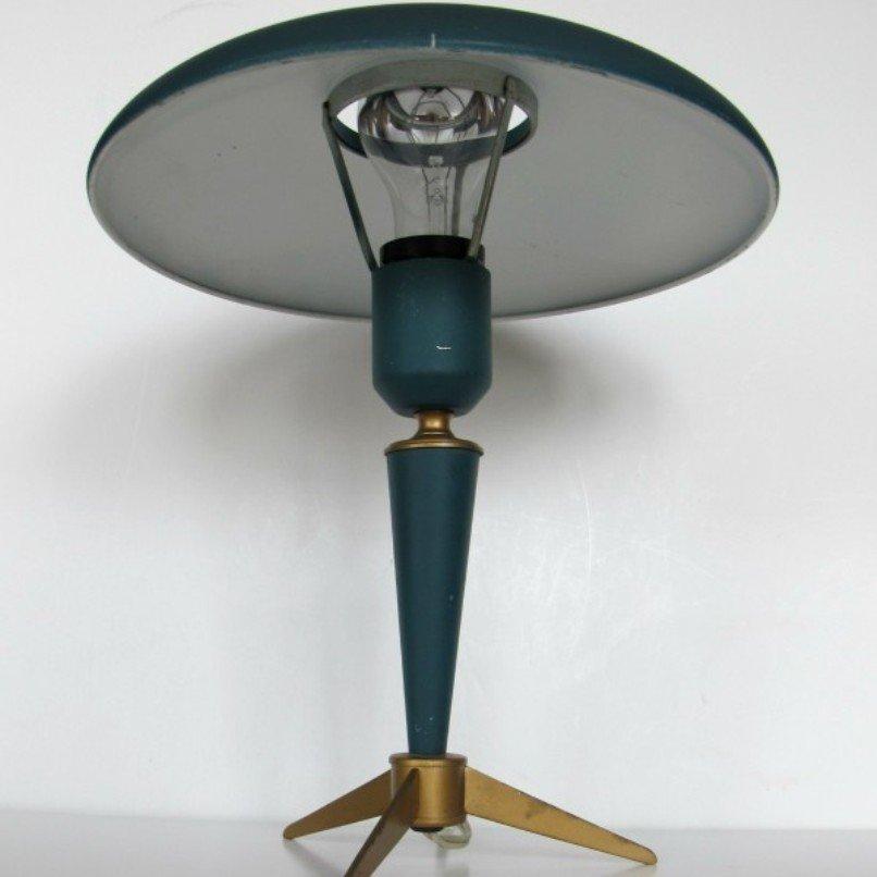 Lampada da tavolo mid century verde di louis kalff per - Lampada da tavolo verde ...