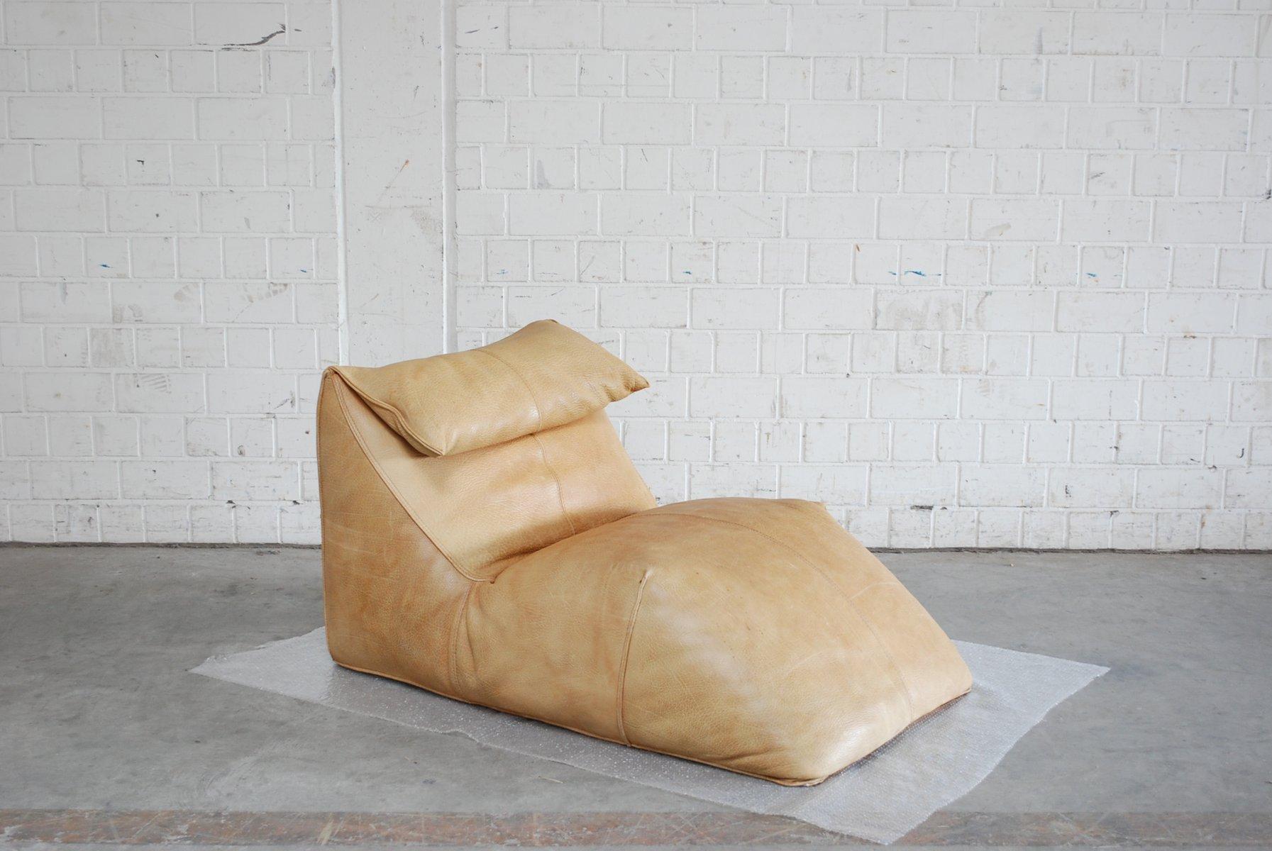 Chaise longue le bambole vintage en cuir neck par mario bellini pour b b italia en vente sur pamono - Chaise longue en anglais ...