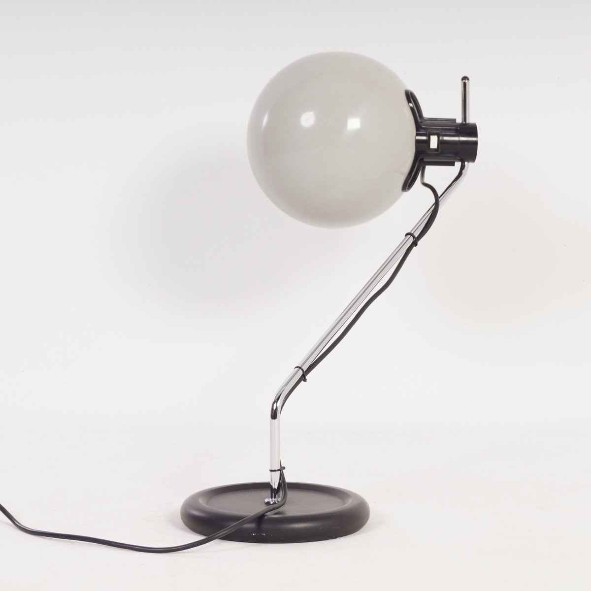 Vintage White Desk Lamp From Guzzini 1980s For Sale At Pamono