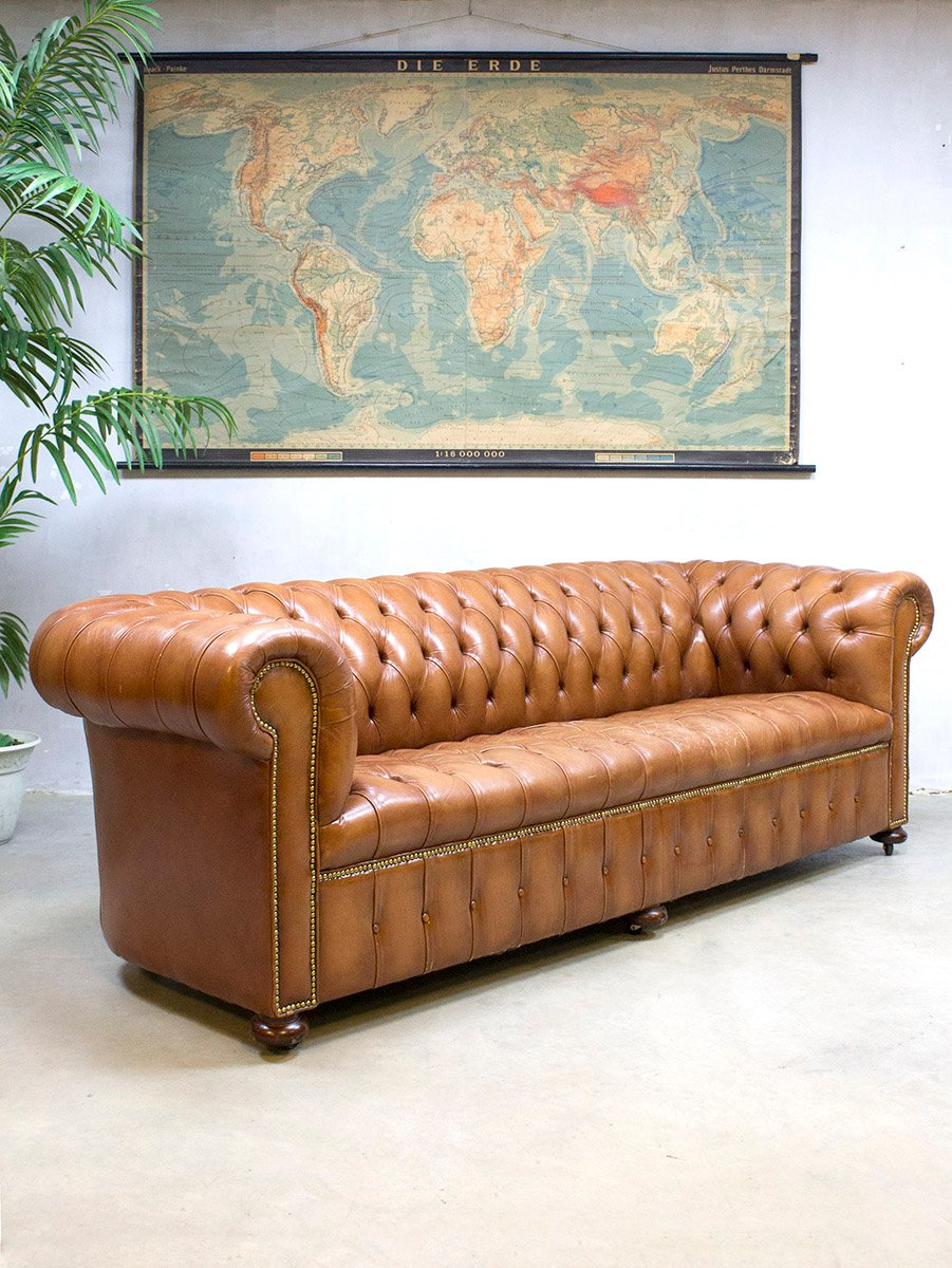 vintage leder chesterfield sofa bei pamono kaufen. Black Bedroom Furniture Sets. Home Design Ideas