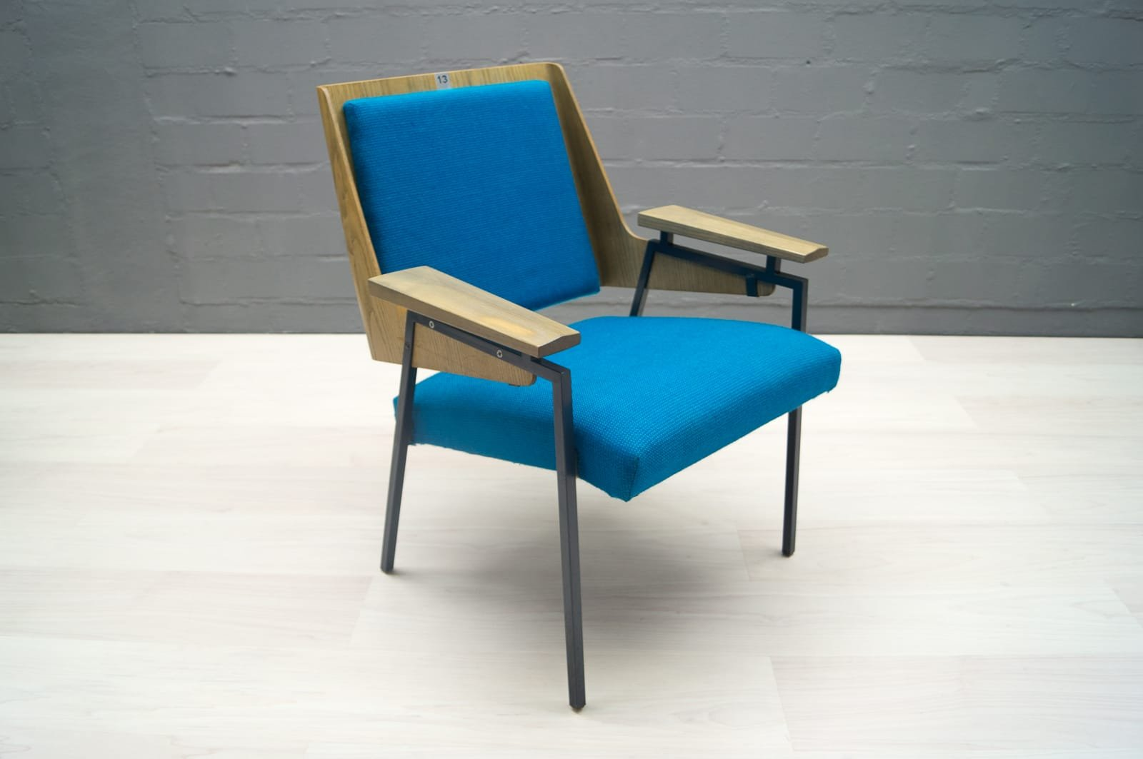 mid century armchair by wunibald puchner for the meistersingerhalle in n rnberg 1958 for sale. Black Bedroom Furniture Sets. Home Design Ideas