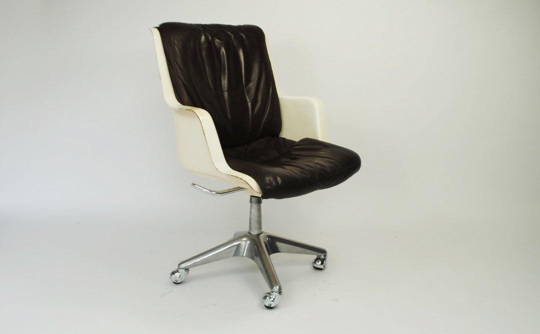 Sedia da ufficio in fibra di vetro, anni \'60 in vendita su Pamono