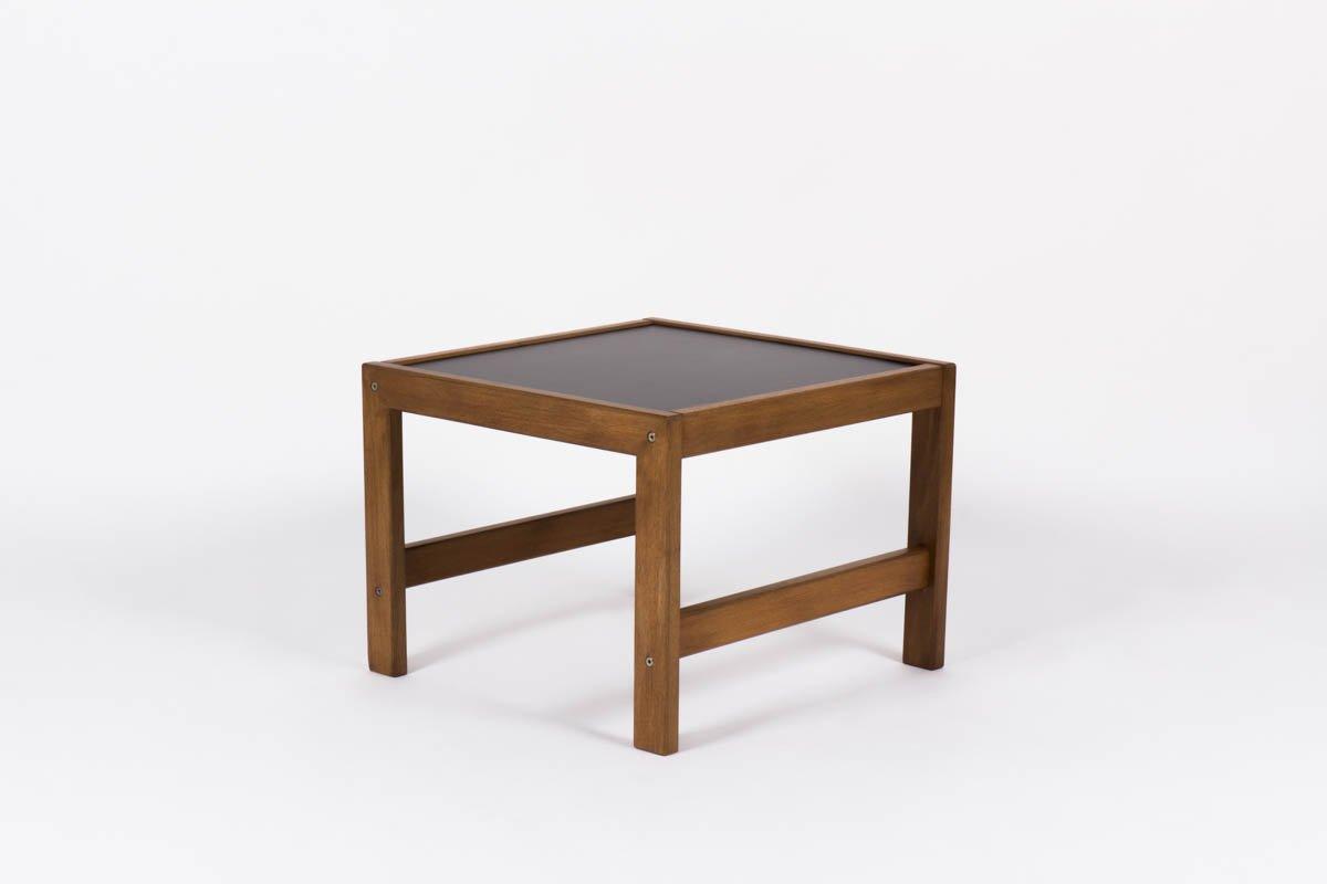 kleiner mahagoni couchtisch mit schwarzer laminat platte von andre sornay 1950er bei pamono kaufen. Black Bedroom Furniture Sets. Home Design Ideas