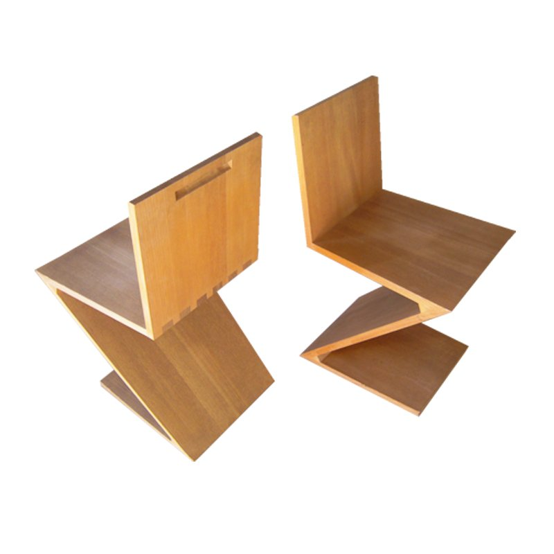 Ulmenholz zig zag stuhl von gerrit rietveld f r cassina for Design stuhl zig zag