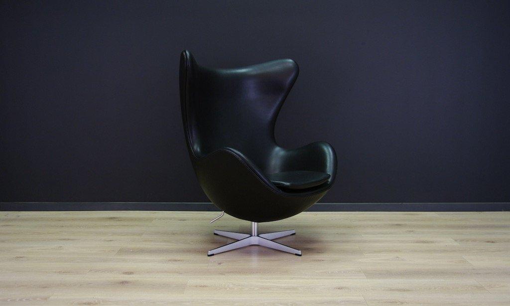 Vintage Egg Chair Aus Schwarzem Leder Von Arne Jacobsen Für Fritz
