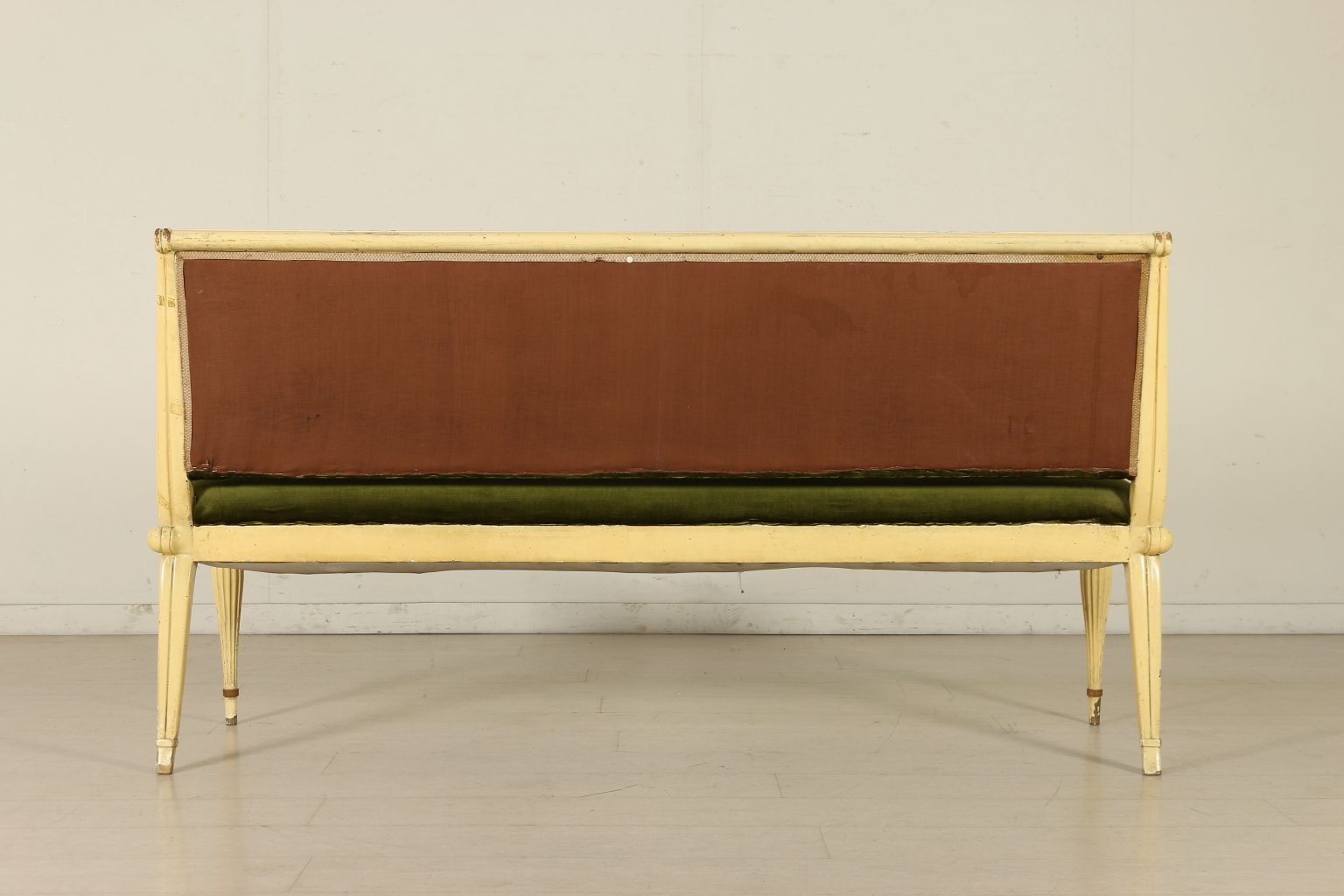 italienisches mid century sofa aus holz samt bei pamono kaufen. Black Bedroom Furniture Sets. Home Design Ideas
