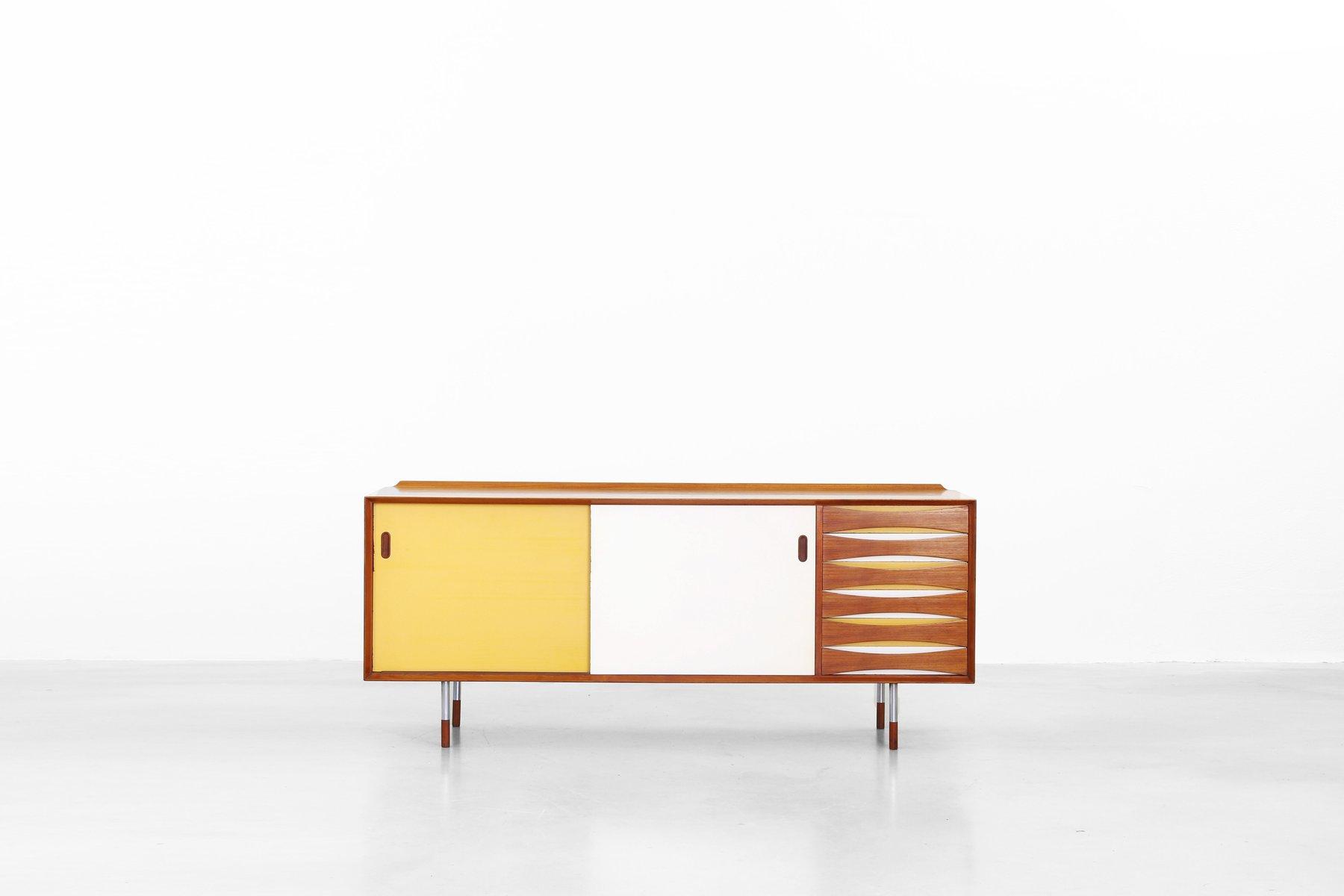 Dänisches Mid-Century Mod. 29 Sideboard von Arne Vodder für Sibast Fur...