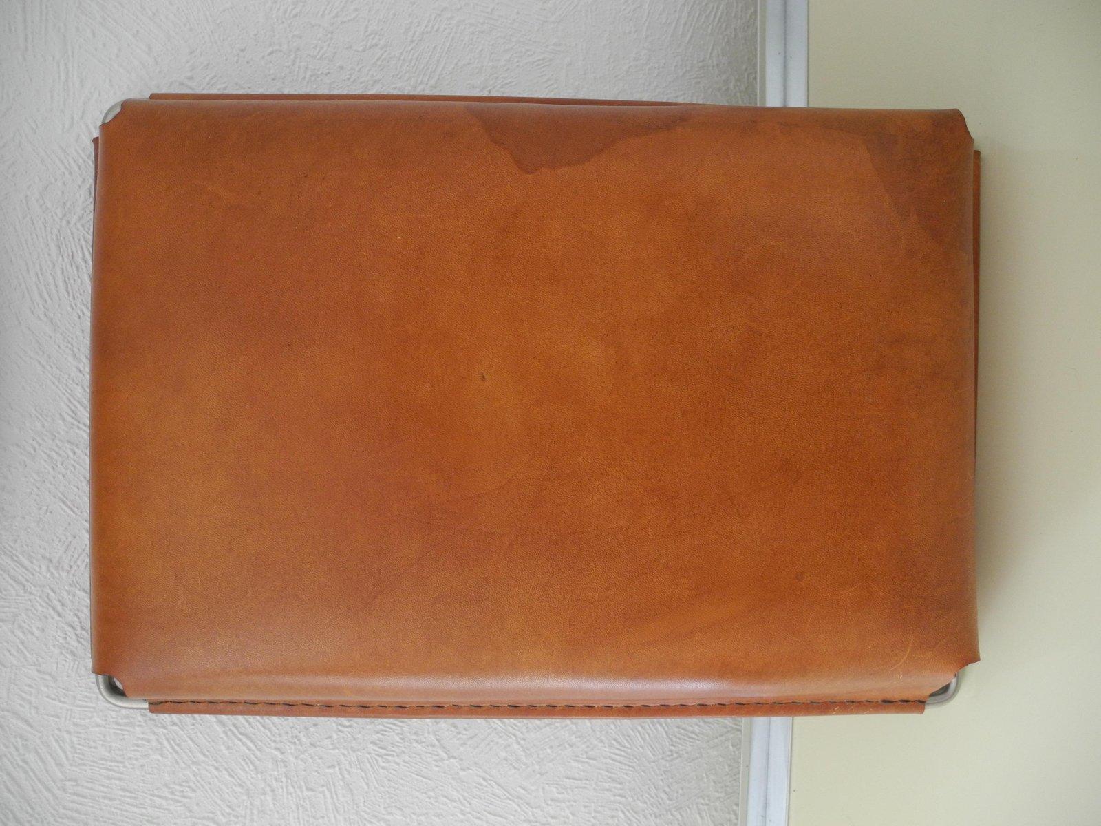 vintage tablett aus cognacfarbenem leder von carl aub ck bei pamono kaufen. Black Bedroom Furniture Sets. Home Design Ideas