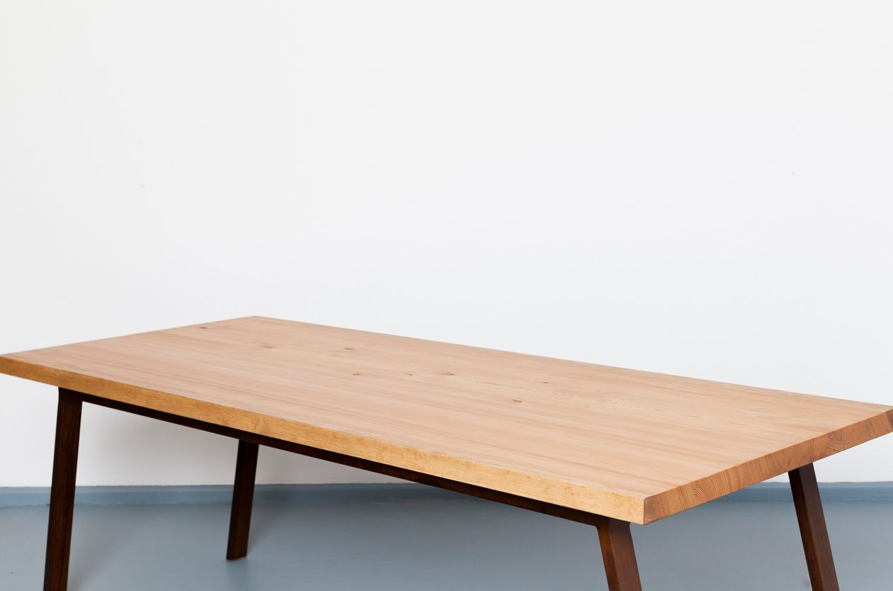 Tavolo valkenburg in legno riciclato e acciaio di - Tavolo legno e acciaio ...