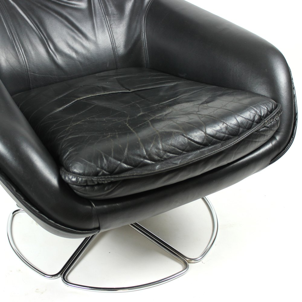 fauteuil en cuir noir de peem finlande 1960s en vente sur pamono. Black Bedroom Furniture Sets. Home Design Ideas