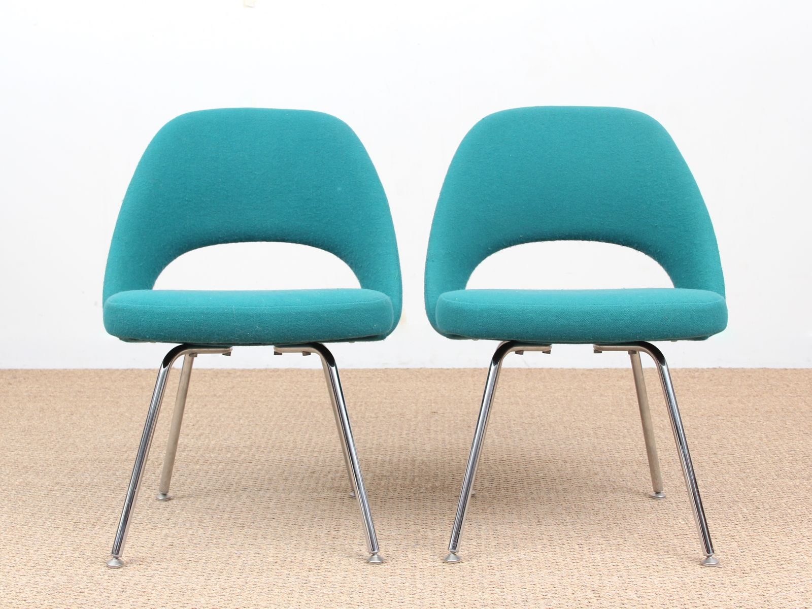 Ordinaire Scandinavian Executive Chairs By Eero Saarinen For Knoll, 1950s, Set Of 2