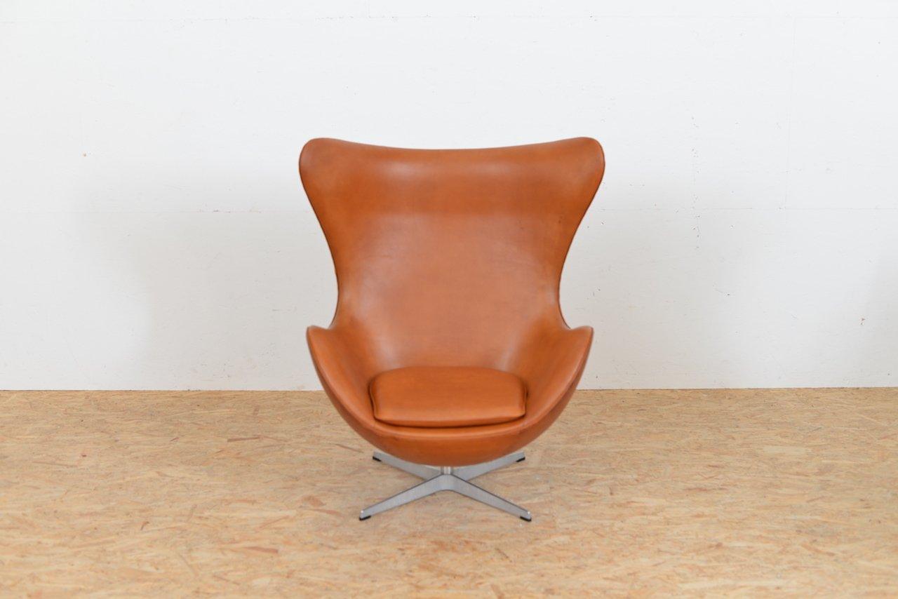 Mid Century Leather Egg Chair By Arne Jacobsen For Fritz Hansen