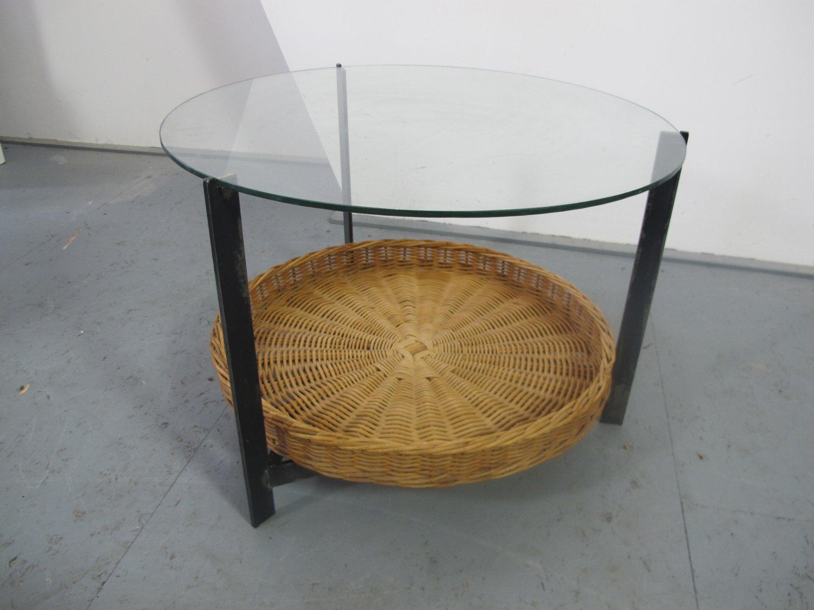 Beistelltisch aus stahl glas rattan 1960er bei pamono for Beistelltisch rattan