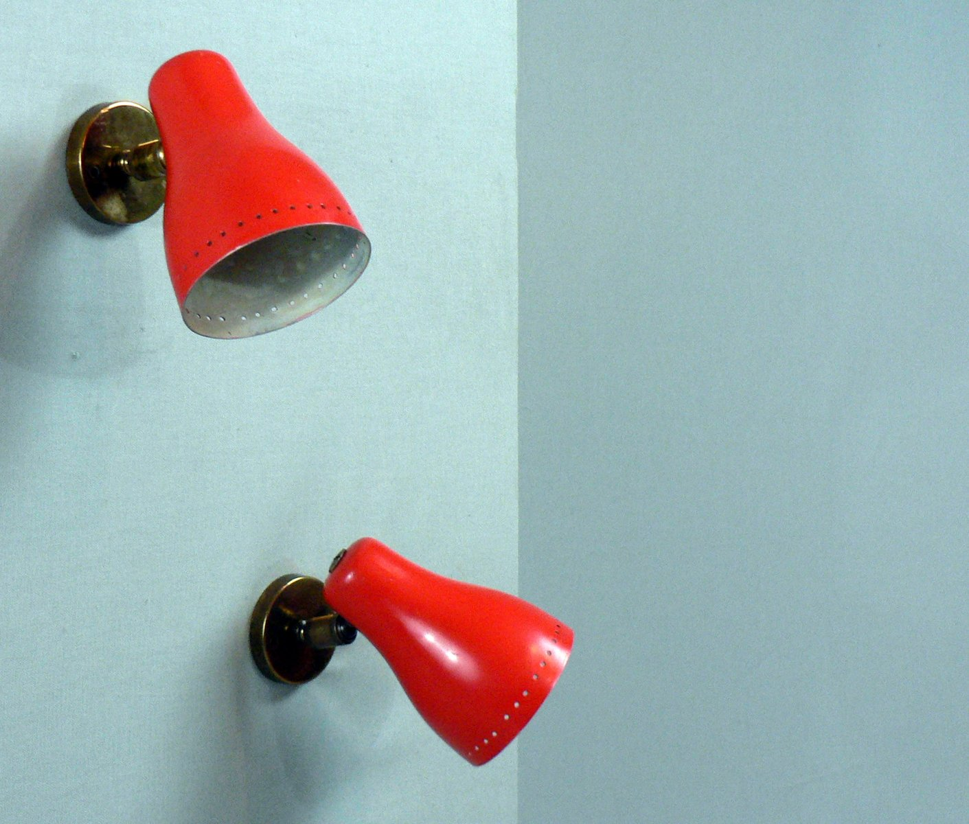 Rote Wandlampen von Pierre Guariche, 1950er, 2er Set
