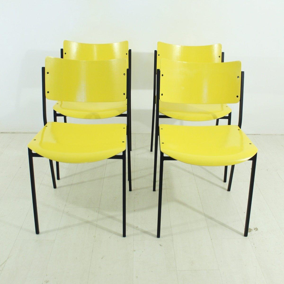 Gelbe Stühle 1960er 4er Set Bei Pamono Kaufen