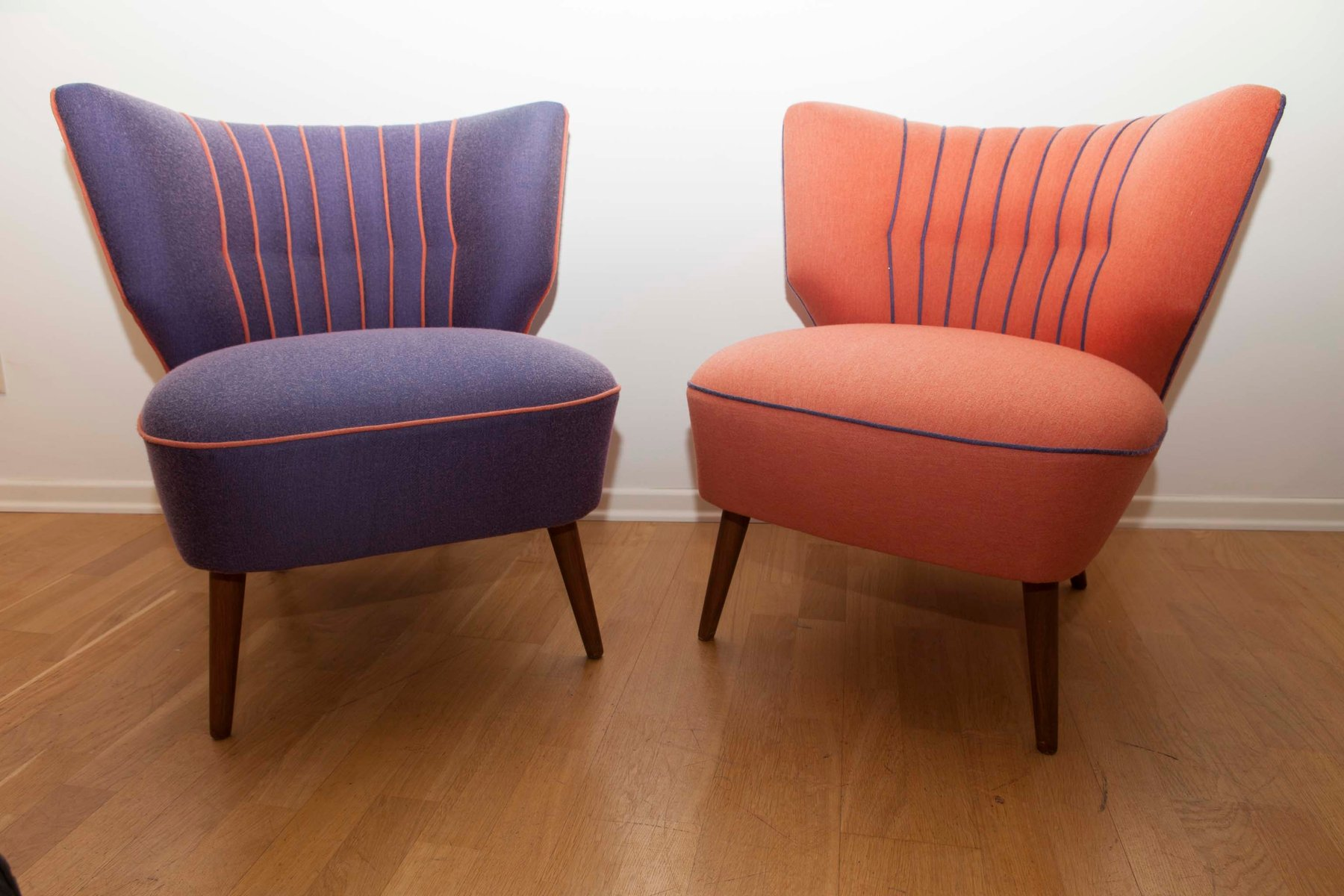 Mid-Century Sessel in Orange & Lila, 1950er, 2er Set