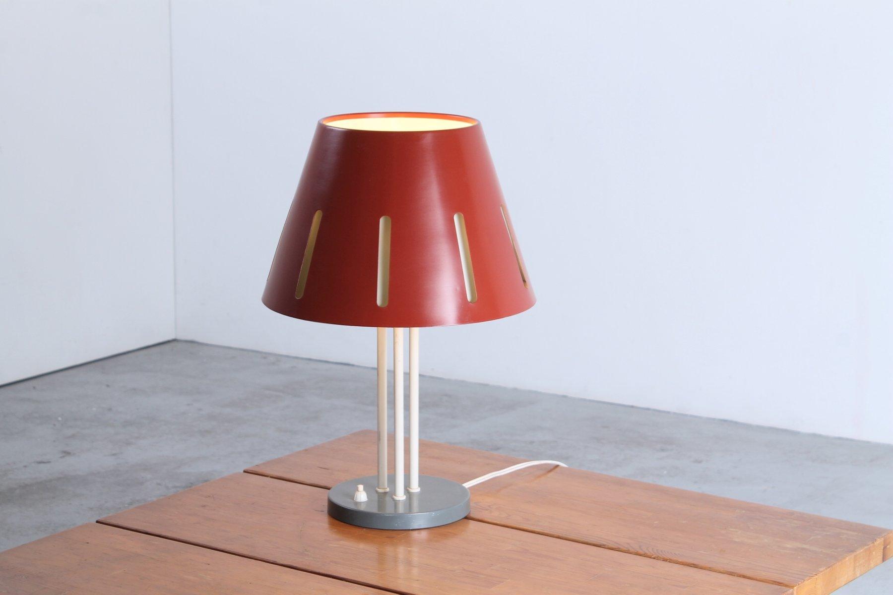 Rote Große Sun Serie Tischlampe von H. Th. J. A. Busquet für Hala