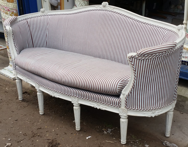 Antique Swedish 17th Century Sofa en venta en Pamono d748c9c4e1f0