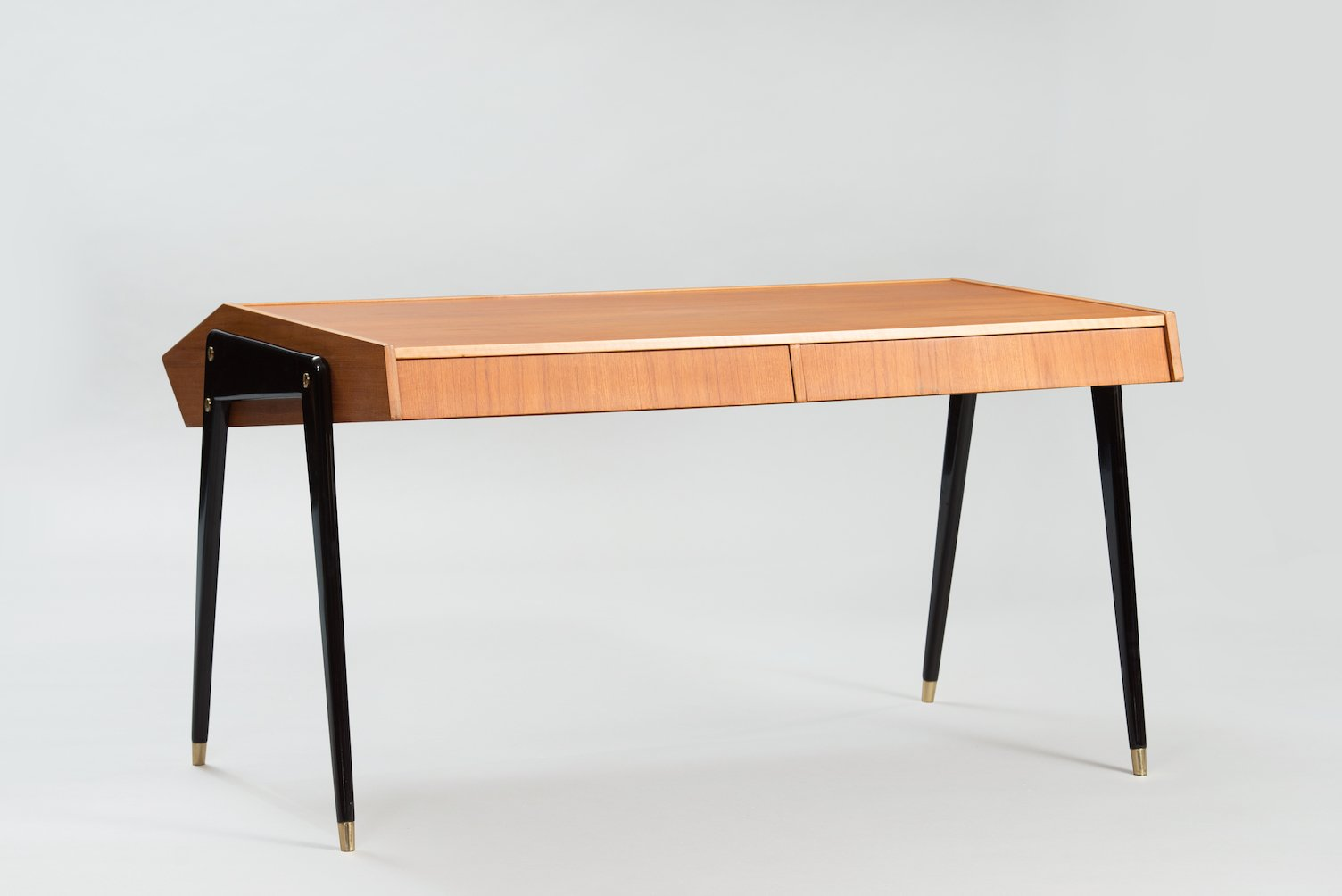 italienischer mid century schreibtisch von carlo de carli bei pamono kaufen. Black Bedroom Furniture Sets. Home Design Ideas