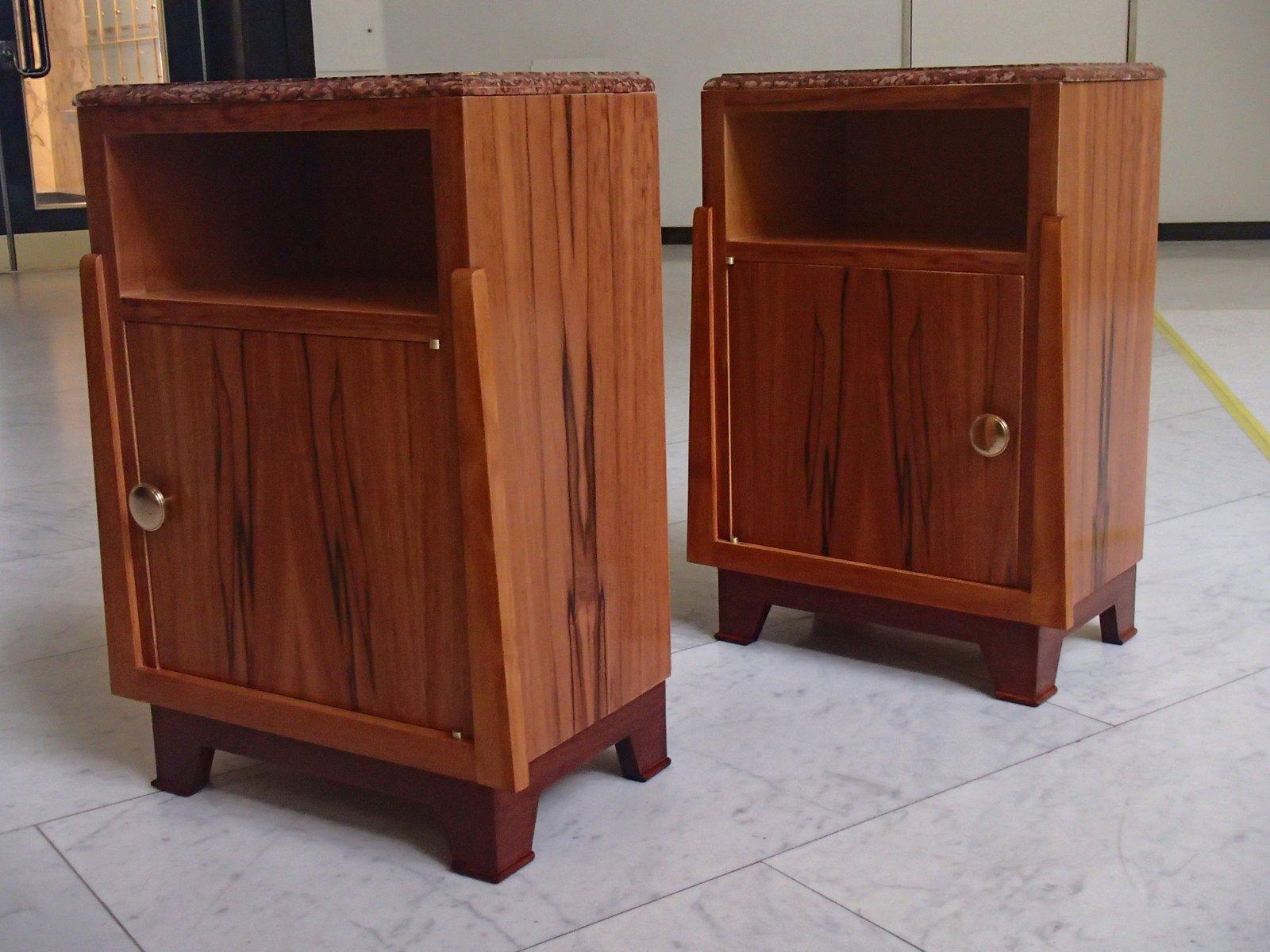 tables de chevet vintage en pommier avec plateau en marbre rouge set de 2 en vente sur pamono. Black Bedroom Furniture Sets. Home Design Ideas