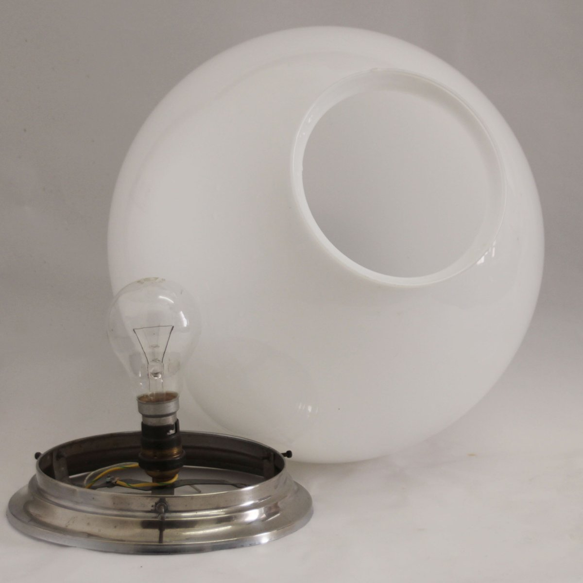 plafonnier art d co vintage en m tal verre opalin france en vente sur pamono. Black Bedroom Furniture Sets. Home Design Ideas