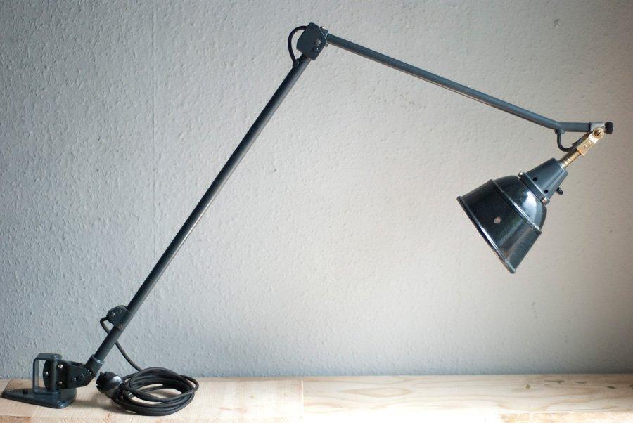 Vintage Mod.121 Tischlampe von Curt Fischer für Midgard