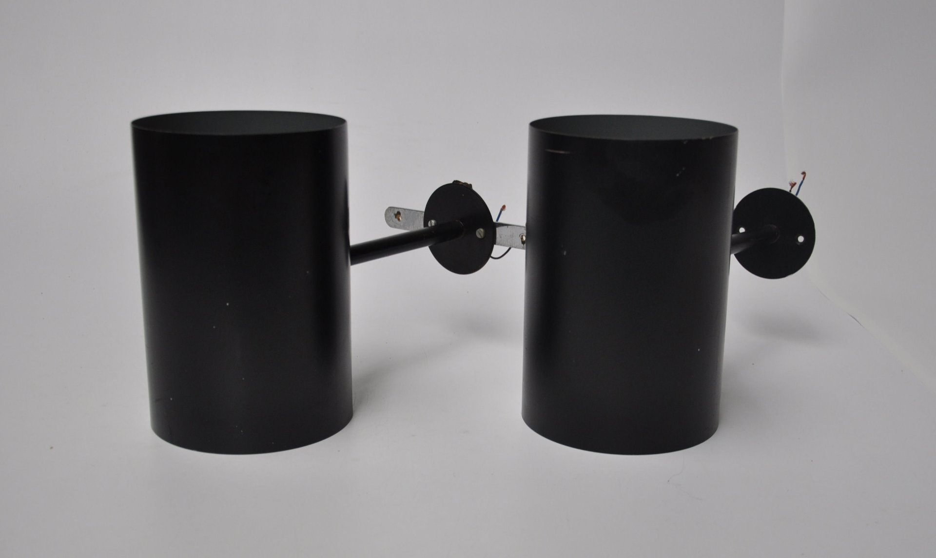 schwarze vintage metall wandleuchten von friis moltke. Black Bedroom Furniture Sets. Home Design Ideas
