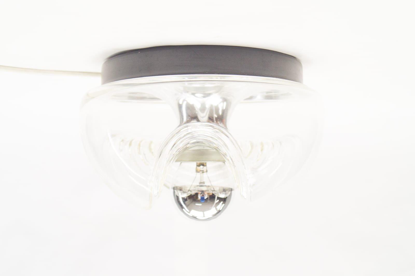 Kleine Vintage Wave Glas Wandlampe von Koch & Loewy für Peill & Putzle...