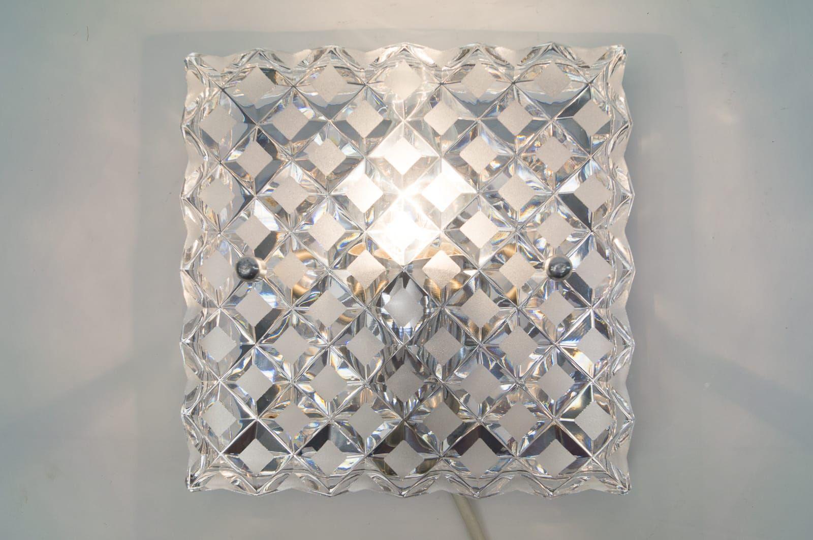 appliques murales en verre cristal 1960s set de 3 en vente sur pamono. Black Bedroom Furniture Sets. Home Design Ideas