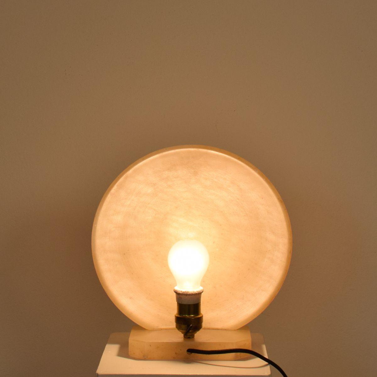 Lampada da tavolo mid century moderna in alabastro anni 39 70 in vendita su pamono - Lampada moderna da tavolo ...