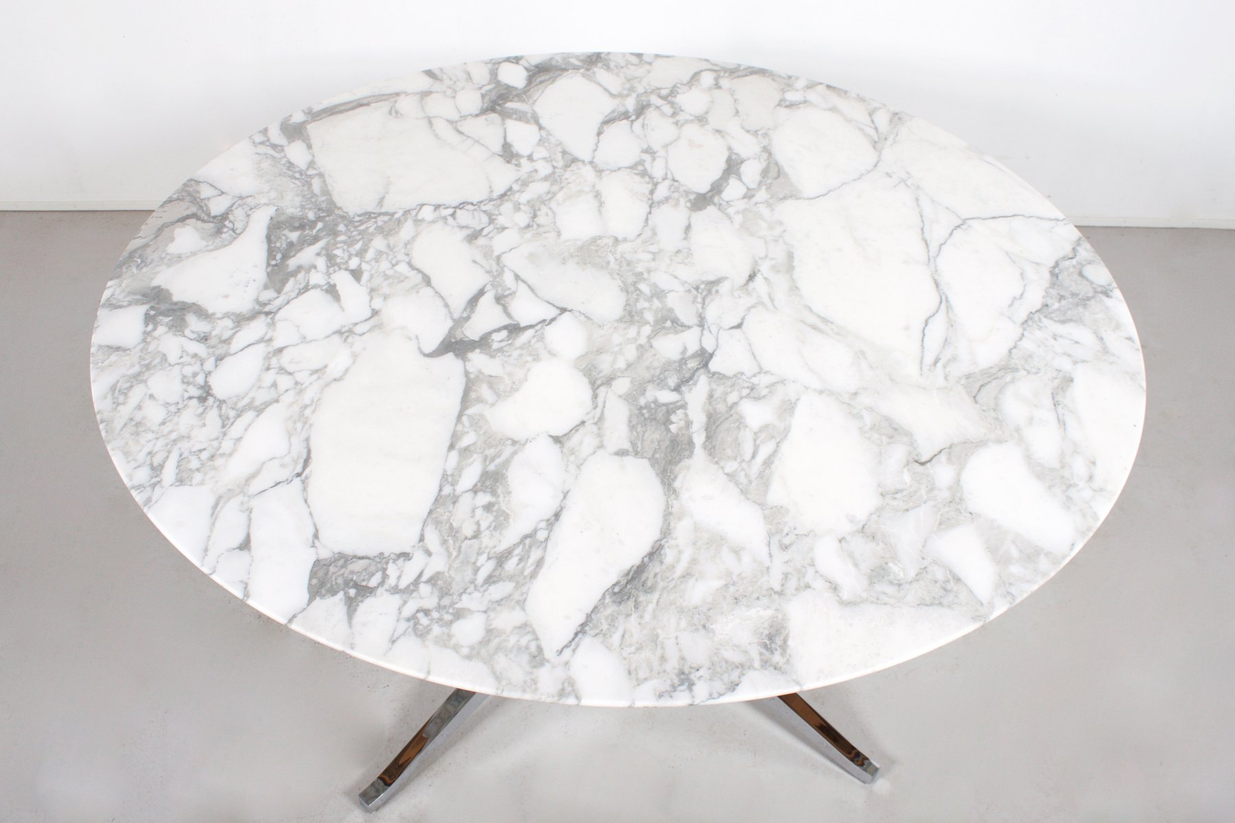 Vintage Round Marble Dining Table By Florence Knoll For International 5 233 00 Price Per Piece