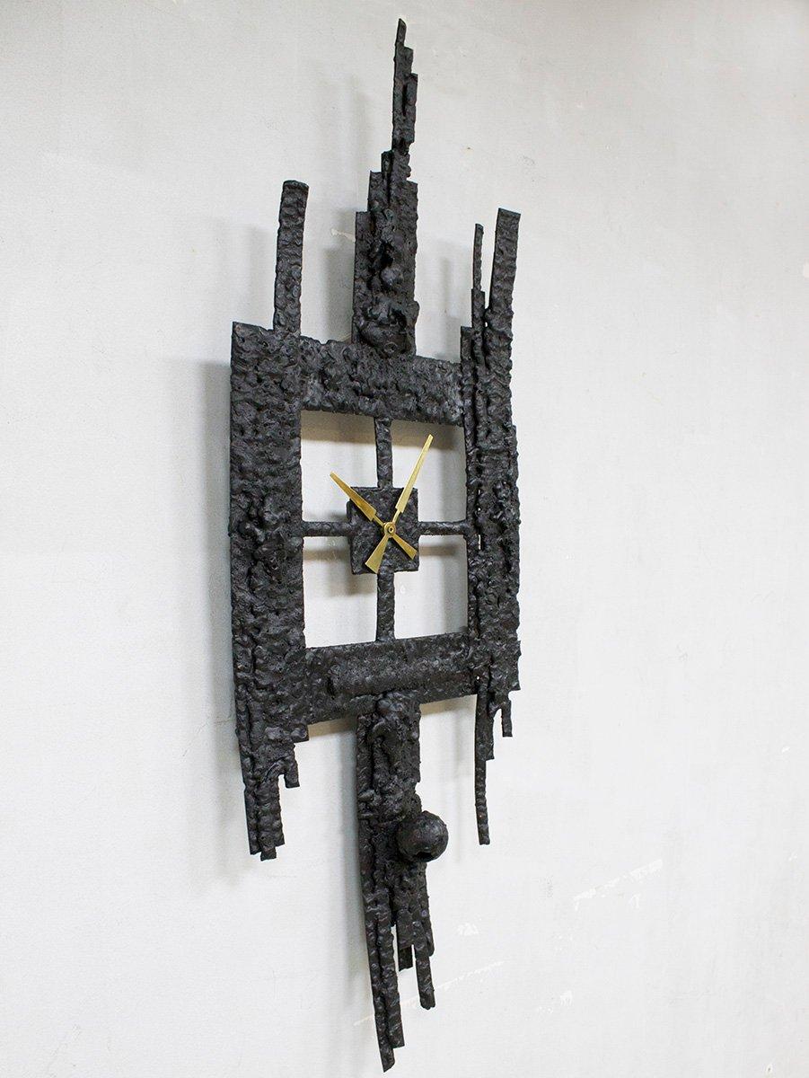 Horloge brutaliste en fer forg 1960s en vente sur pamono for Horloge en fer forge noir
