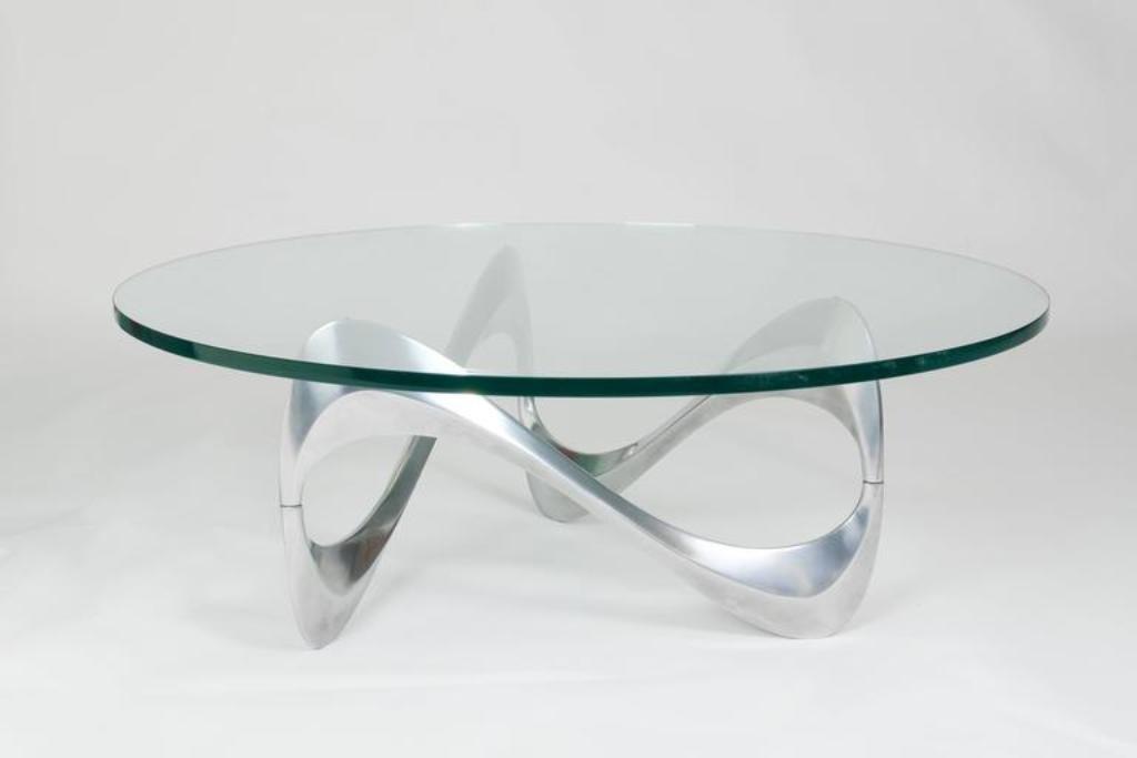 Aluminium & Glas Couchtisch mit Geschwungenem Gestell von Knut Hesterb...