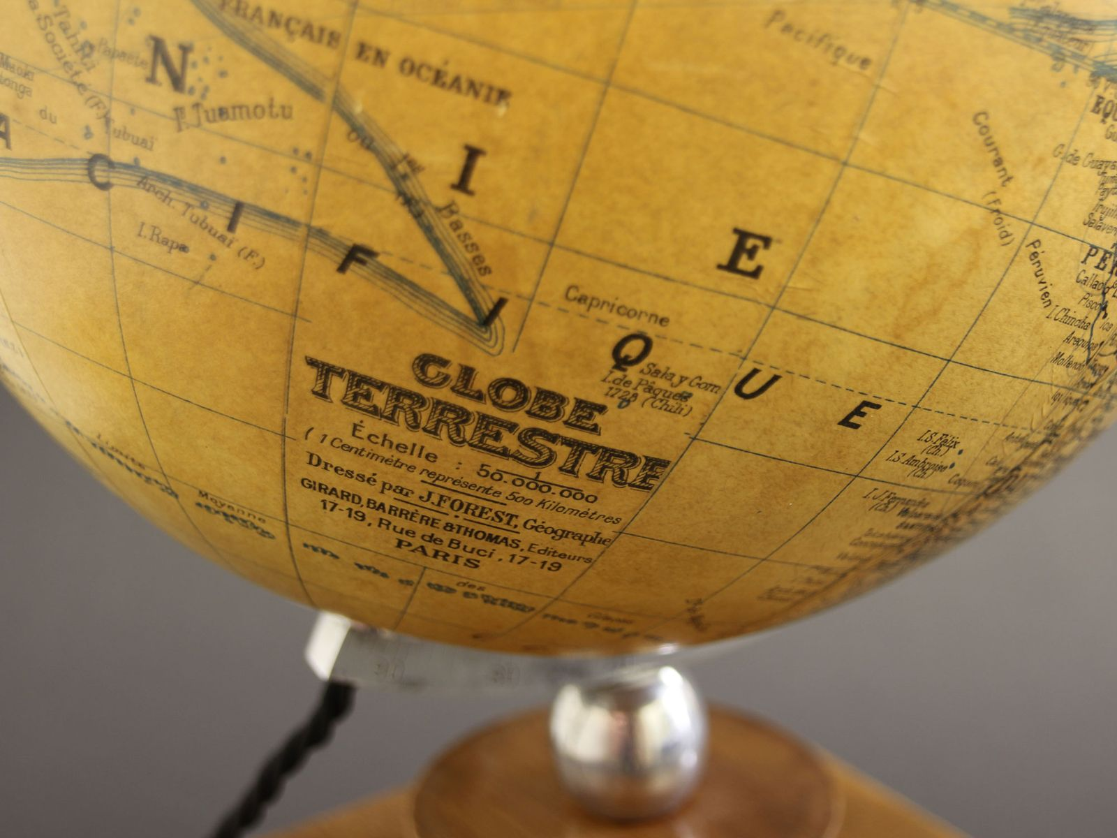Vintage French Art Deco Illuminated Globe on Wooden Base from Girard ...