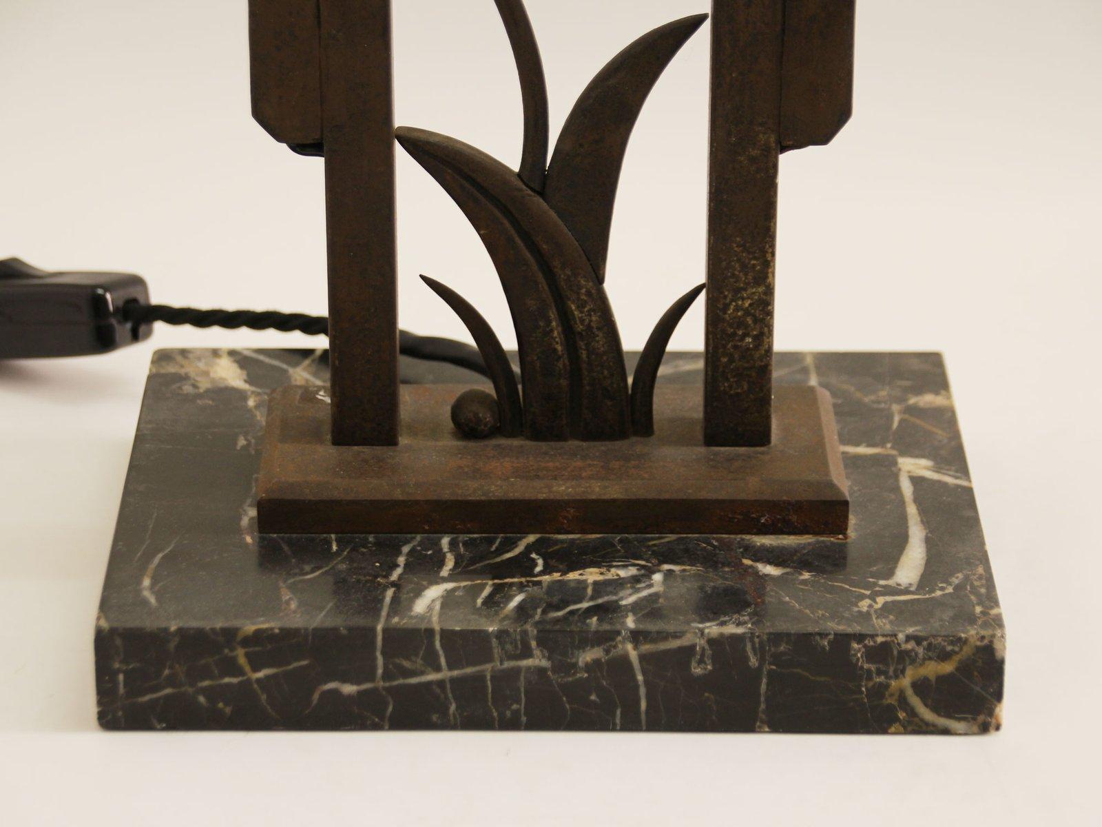 Lampe de bureau art déco vintage en marbre et fer forgé en vente sur