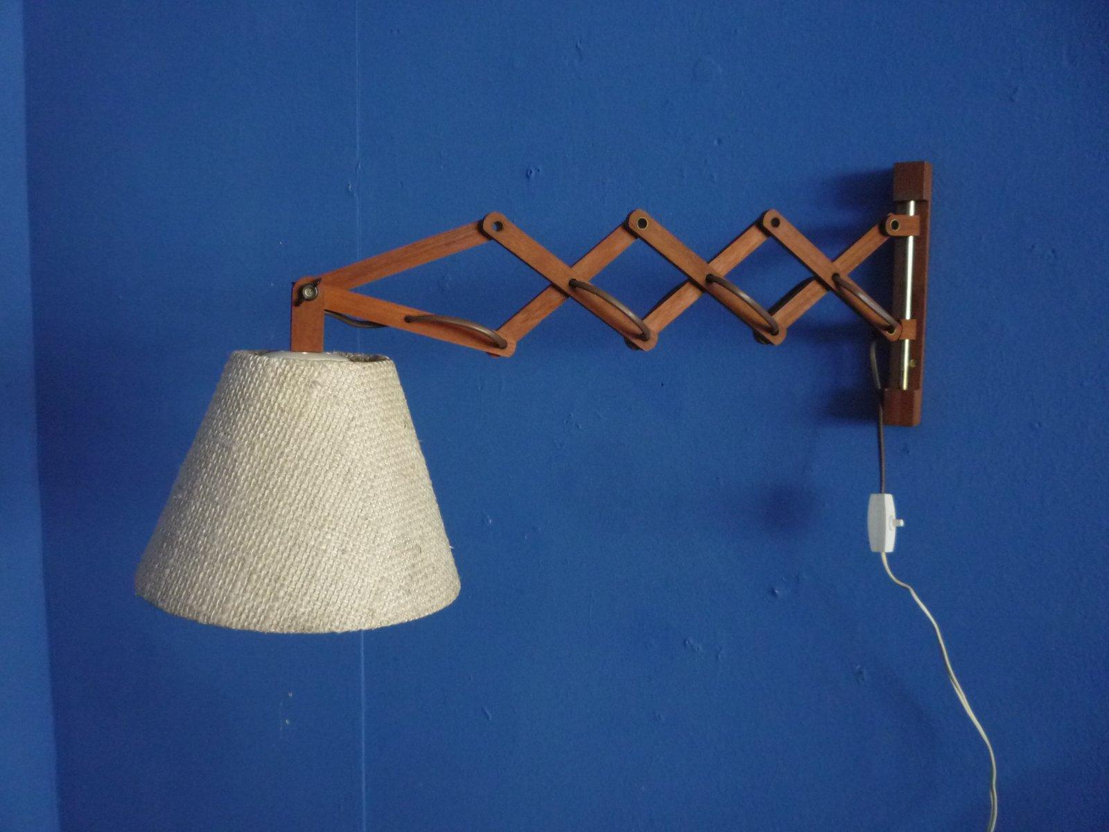 Teleskopische Dänische Teak Wandlampe, 1950er
