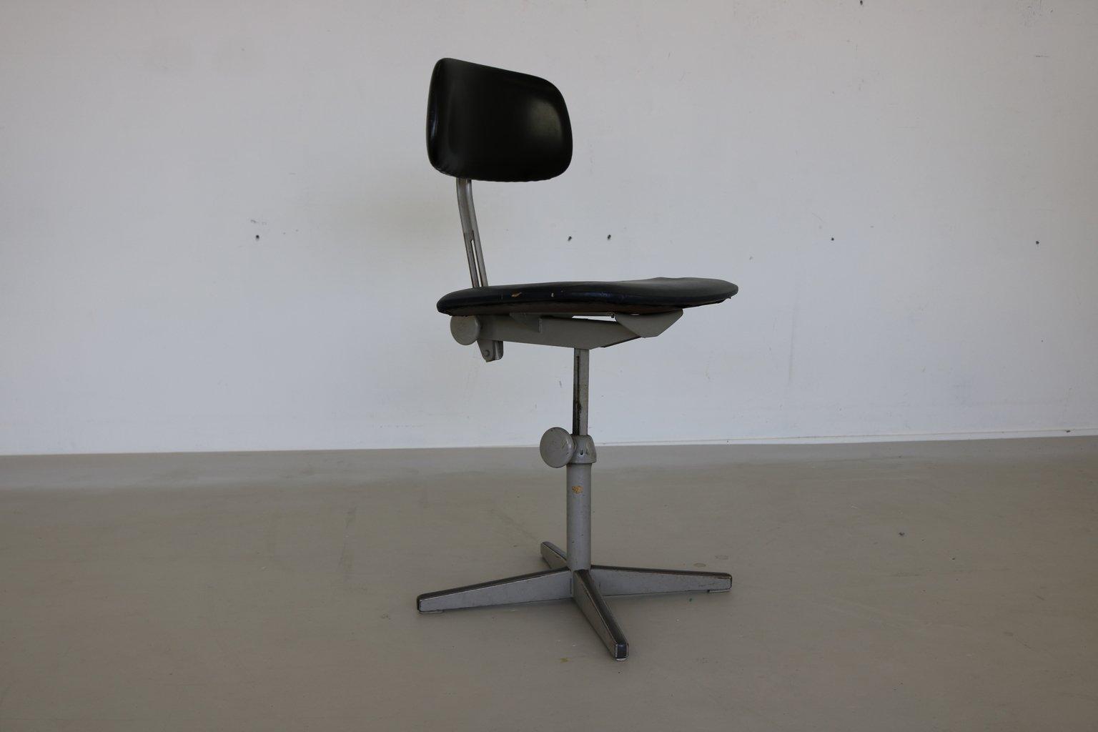 sedia da architetto di friso kramer per ahrend de cirkel