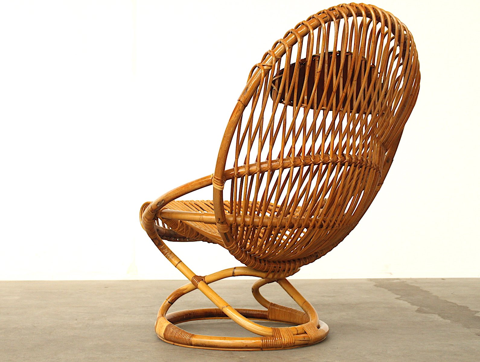 fauteuil en osier par giovanni travasa pour bonacina. Black Bedroom Furniture Sets. Home Design Ideas