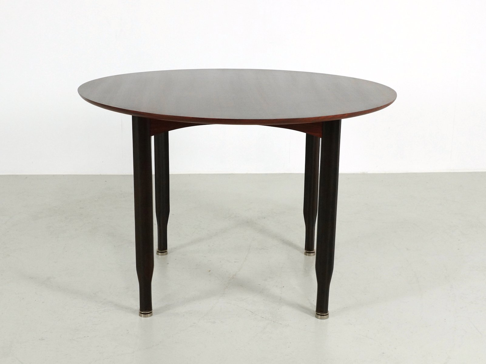 Round Italian Rio Rosewood Dining Table 1960s