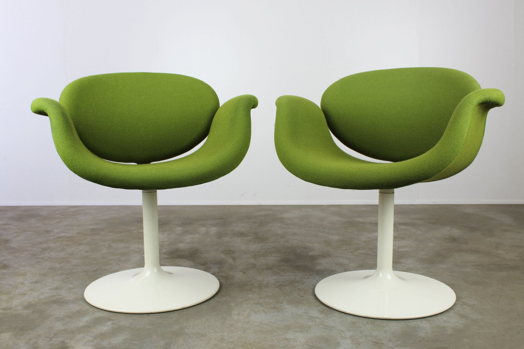Little Tulip Chairs By Pierre Paulin For Artifort Set Of - Tulip chair and table set