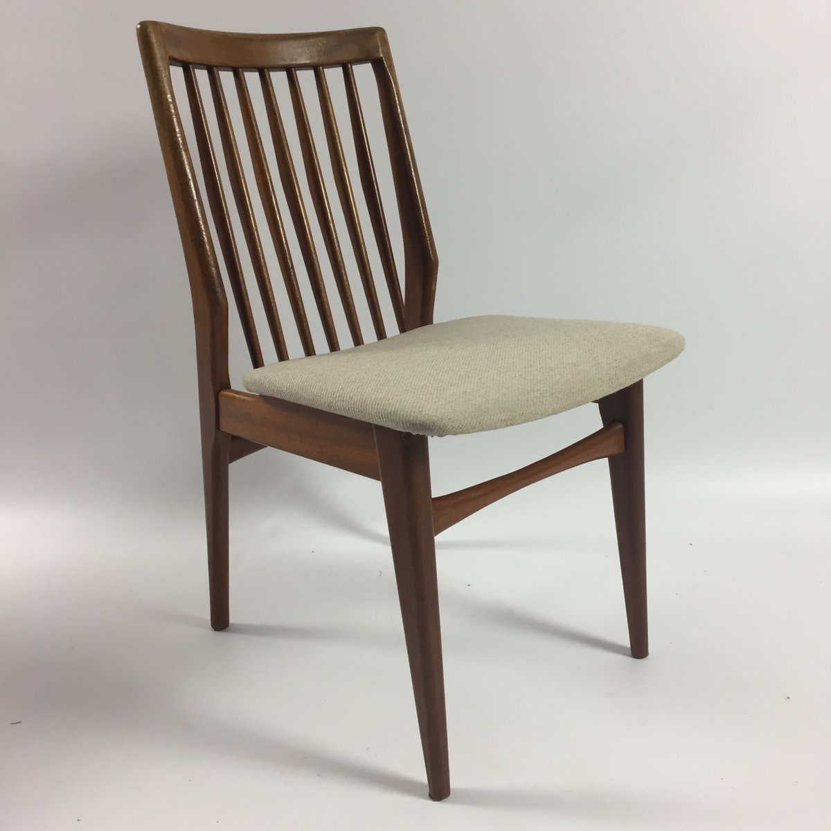 Dutch Walnut Dining Chairs, 1960s, Set of 4 for sale at Pamono