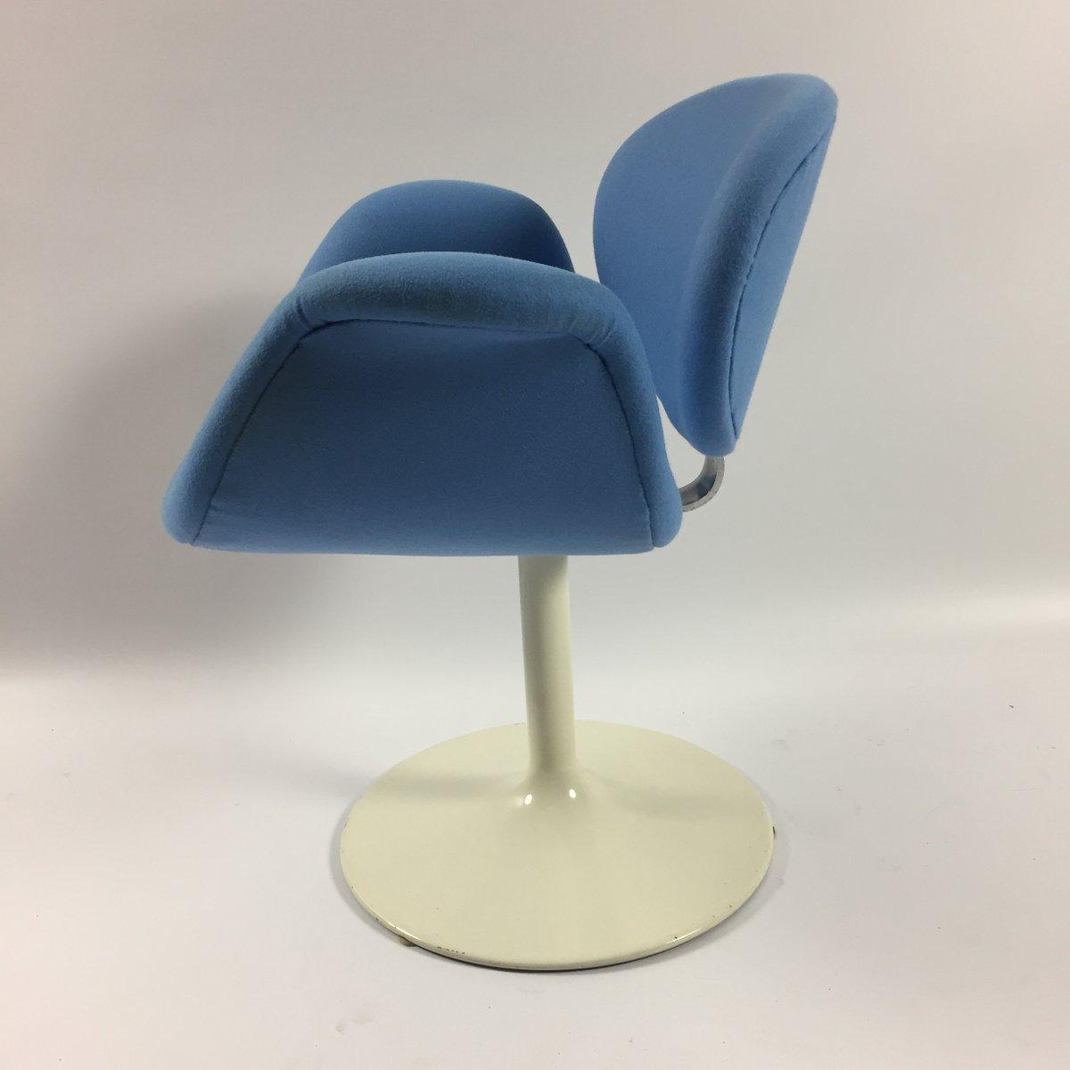 petit fauteuil tulipe par pierre paulin pour artifort. Black Bedroom Furniture Sets. Home Design Ideas